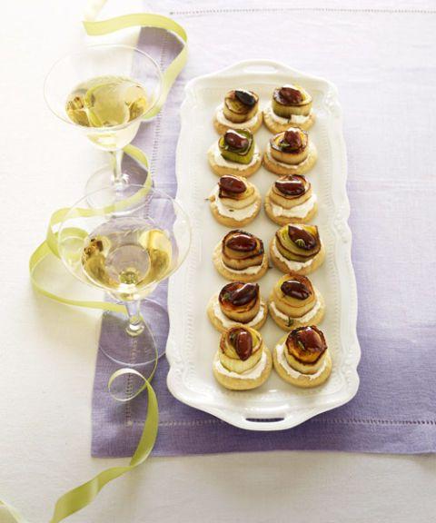 caramelized leek tartlets
