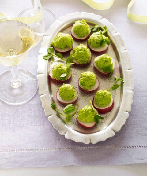 radishes with pea puree