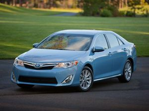 2012 Toyota Camry Hybrid XLE Review