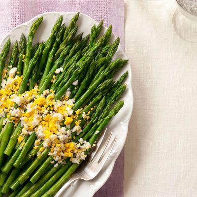 asparagus with eggs mimosa