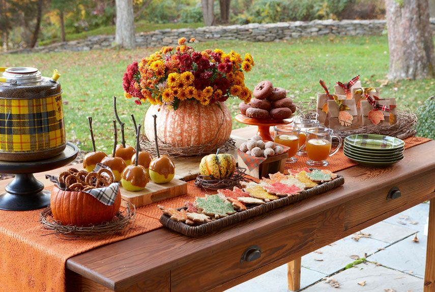 31 Easy Thanksgiving Centerpieces For Your Holiday Table Diy Decoration Ideas