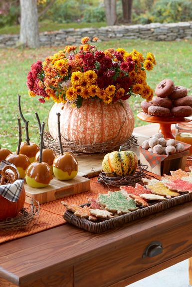 37 Easy Thanksgiving Centerpieces For Your Holiday Table