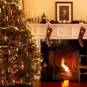 How To Avoid A Christmas Tree Fire Holiday Safety Tips