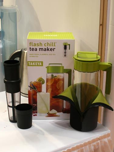 takeya flash chill tea maker