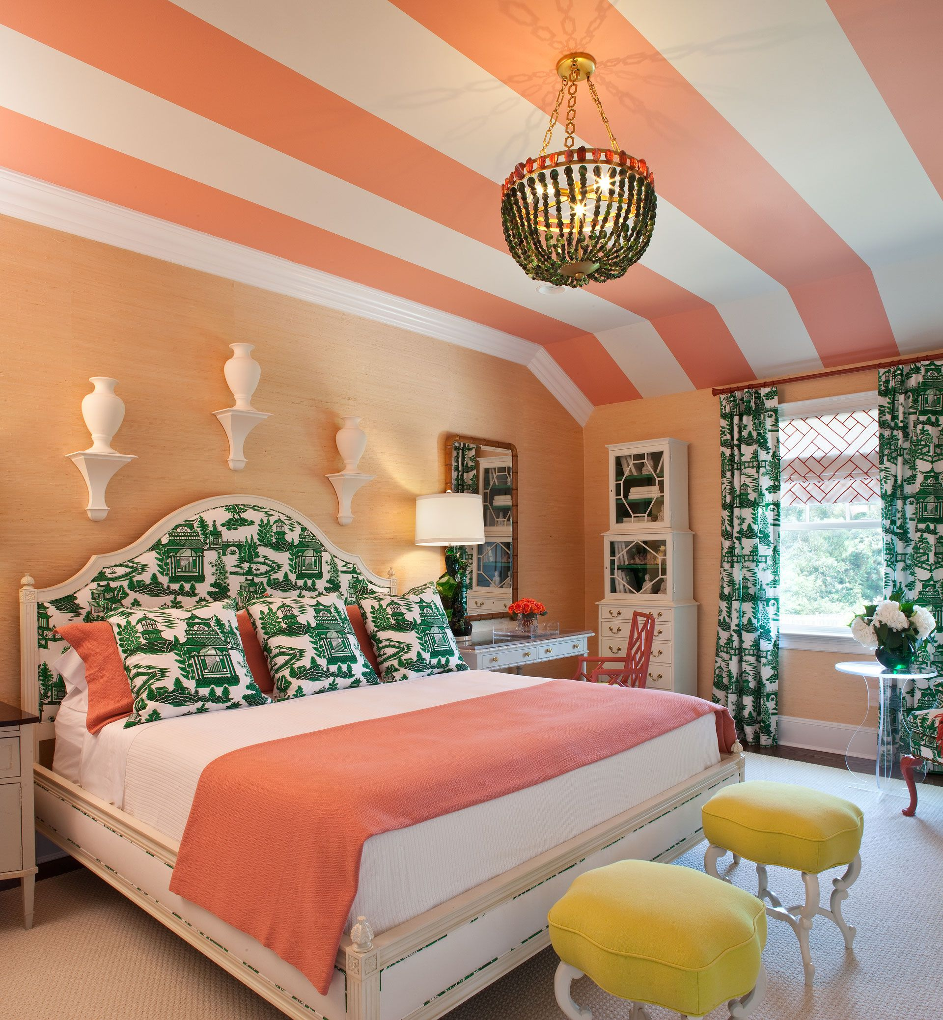 Decorating with Color - How To Decorate Rooms with Colors