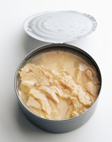 canned light tuna in oil