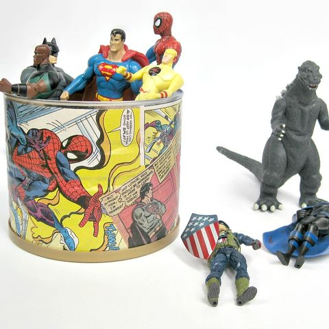 Fictional character, Toy, Superman, Figurine, Hero, Superhero, Justice league, Action figure, Animal figure, Sculpture,