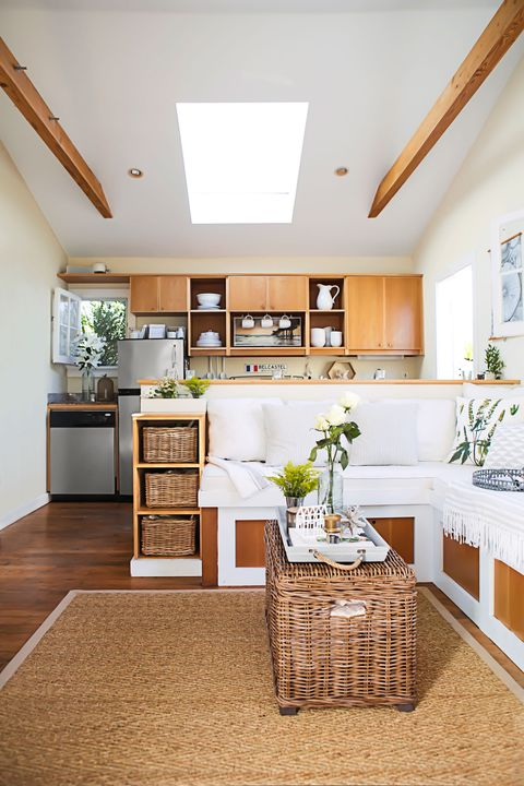Wood, Interior design, Room, Floor, Flooring, Ceiling, Wall, Home, Interior design, Countertop,