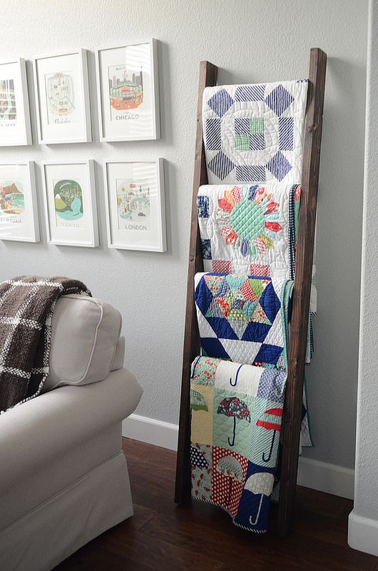 How To Decorate With Vintage Ladders Ways To Organize With Old