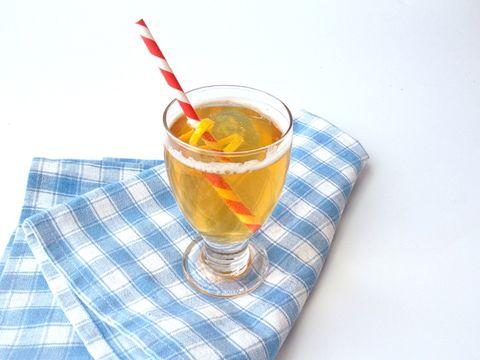 Fluid, Drink, Liquid, Alcoholic beverage, Tableware, Drinkware, Classic cocktail, Distilled beverage, Cocktail, Apéritif,
