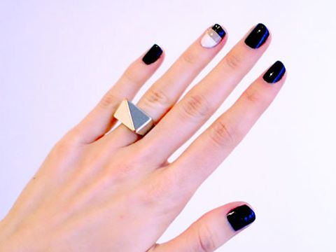 Manicures to Match Silver Jewelry