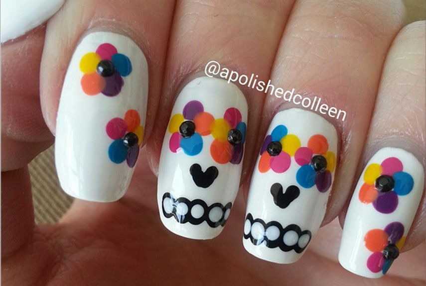 - 55+ Halloween Nail Art Ideas - Easy Halloween Nail Polish Designs