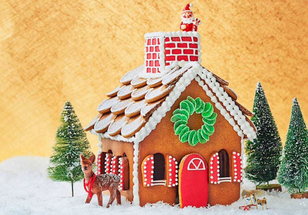Gingerbread House Ideas - How to Decorate a Gingerbread House