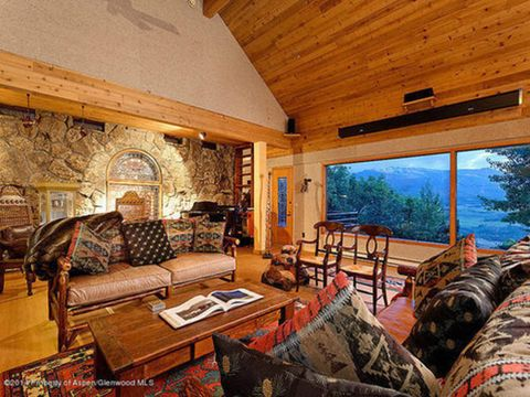 Built In The Early 70s John Denvers 6000 Square Foot Aspen Home Is On Market For 1075 Million Up From 368 It Sold After