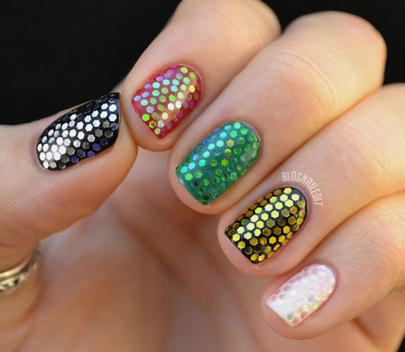 - 20+ Glitter Nail Art Ideas - Tutorials For Glitter Nail Designs