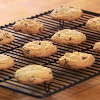 Finger food, Food, Cuisine, Biscuit, Cookies and crackers, Baked goods, Dessert, Cooking, Cookie, Ingredient,