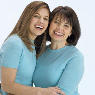 Lynda and her daughter Lauren
