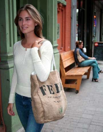 Lauren Bush with her Feed byob bag.
