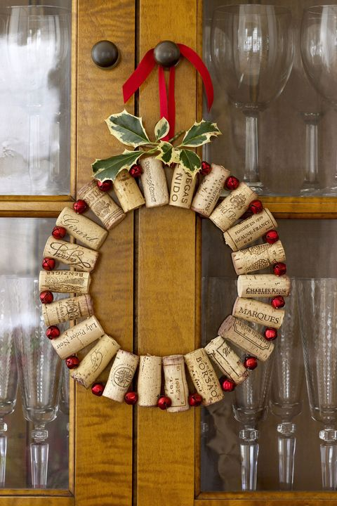 Christmas Crafts - Cork Wreath