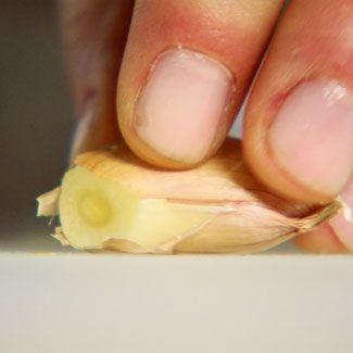Finger, Skin, Nail, Thumb, Produce, Fruit,