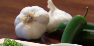 Dishware, Food, Ingredient, Serveware, Cuisine, Dish, Tableware, Porcelain, Leaf vegetable, Produce,