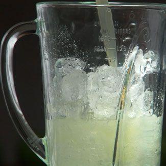 Fluid, Drinkware, Glass, Serveware, Ingredient, Tableware, Liquid, Drink, Dishware, Cup,