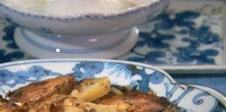 Serveware, Food, Dishware, Ingredient, Tableware, Dish, Recipe, Cuisine, Porcelain, Comfort food,