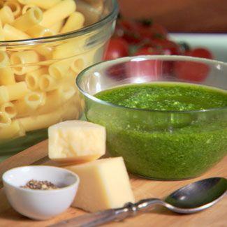 Food, Cuisine, Ingredient, Tableware, Juice, Dish, Vegetable juice, Condiment, Aojiru, Green sauce,