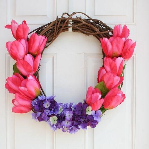 Spring Wreaths - Tulip Flower Wreath