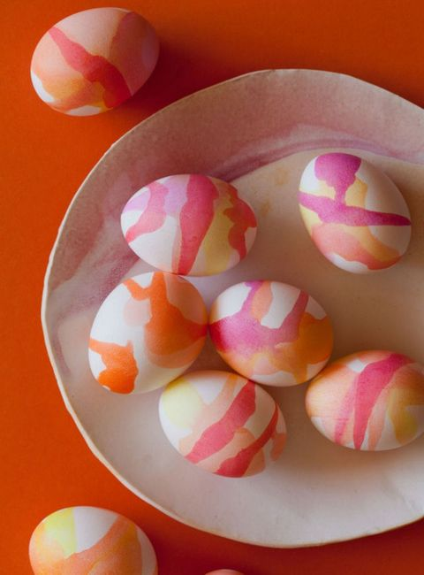 drip dye watercolor eggs