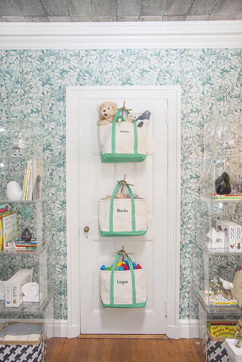 Green, Wall, Room, Interior design, Teal, Turquoise, Aqua, Shelving, Ornament, Wallpaper,