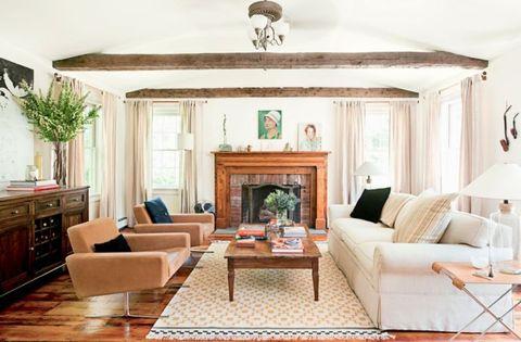 Wood, Room, Interior design, Green, Living room, Floor, Home, Furniture, Flooring, Couch,