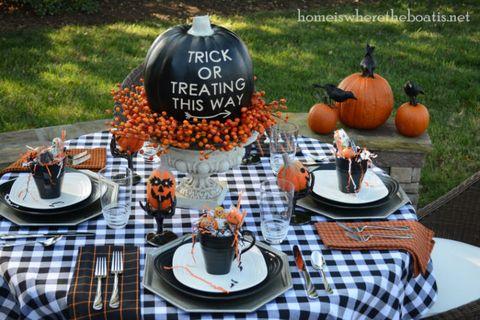 Serveware, Calabaza, Dishware, Squash, Vegetable, Orange, Pumpkin, Winter squash, Produce, Natural foods,