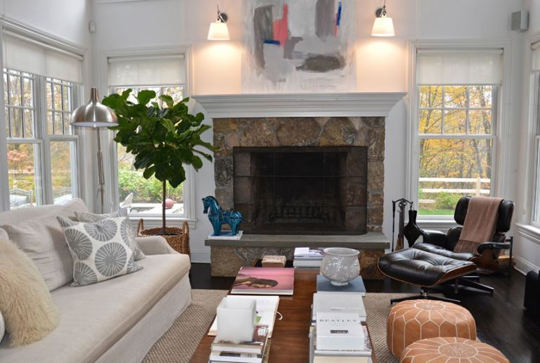 Neutral living rooms decorating with neutrals for Living room decor app