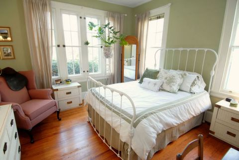 Country Style Decor In A Bedroom