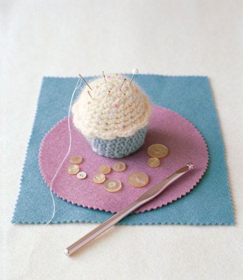 How To Make A Cupcake Pincushion