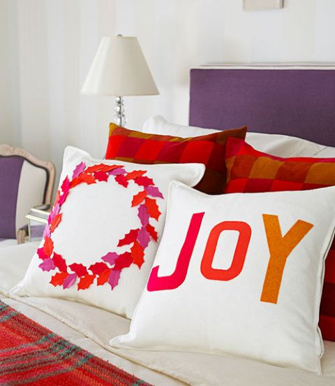 How To Decorate Pillows With Felt Felt Christmas Pillows Directions Gorgeous How To Decorate A Pillow