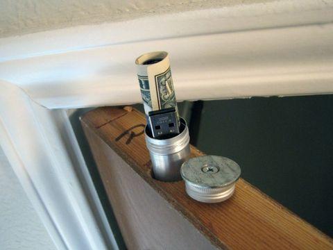 Household hardware, Cylinder, Paint, Aluminium, Steel, Nickel, Hardware accessory, Tin,