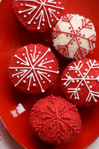 Christmas Cupcakes - Winter Red Velvet Cupcakes
