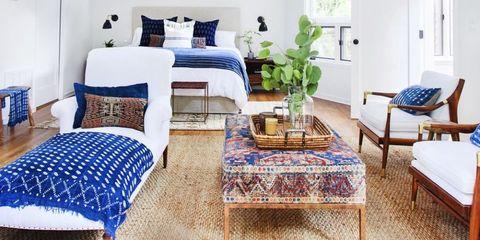 Blue, Room, Interior design, Green, Furniture, Textile, Home, Table, Throw pillow, Linens,
