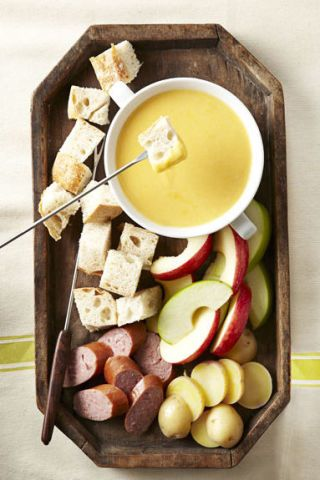 cheddar beer fondue