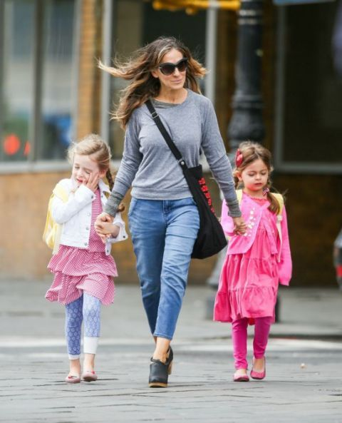 Clothing, Hair, Eyewear, Glasses, Leg, Trousers, Jeans, Sunglasses, Outerwear, Pink,