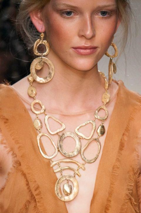 gioielli alla  moda