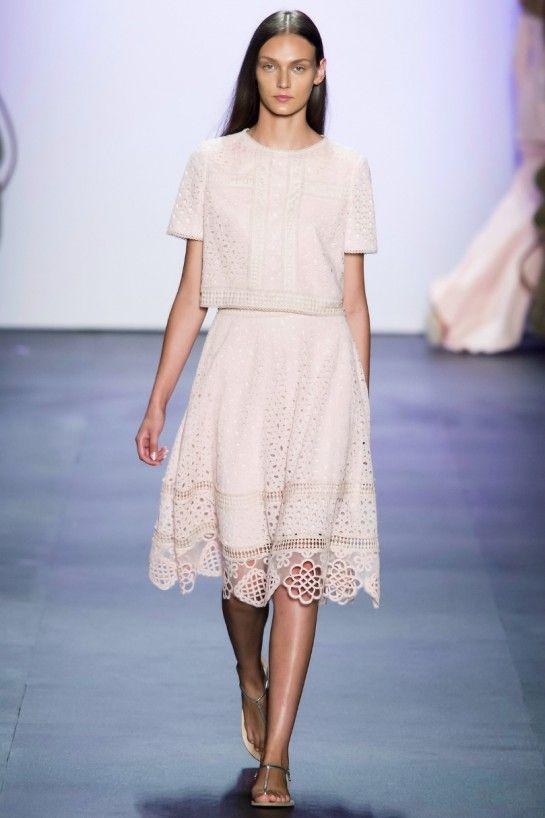 rosa quarzo moda 2016 Tadashi Shoji