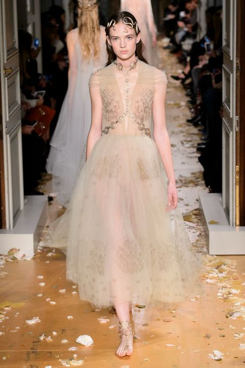 Moda estate 2016 gonne in tulle valentino