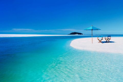 <p>Torniamo nel Mar dei Caraibi: a Cuba, a Cayo Largo, c'è Playa Paraiso, al terzo posto per gli utenti di Tripadvisor.</p>