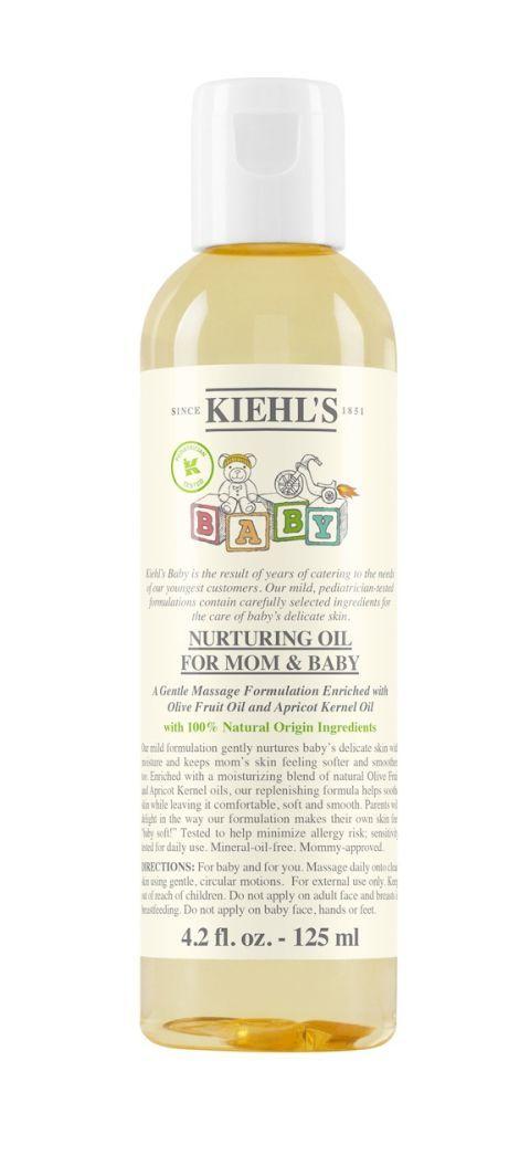 <p>Questa formula, arricchita con un mix idratante di olio d'oliva di origine naturale e olio disemi di albicocca, nutre la pelle del bambino e mantiene morbida e levigata quella della mamma: Nurturing Oil for Mom & Baby di Kiehl's.</p>