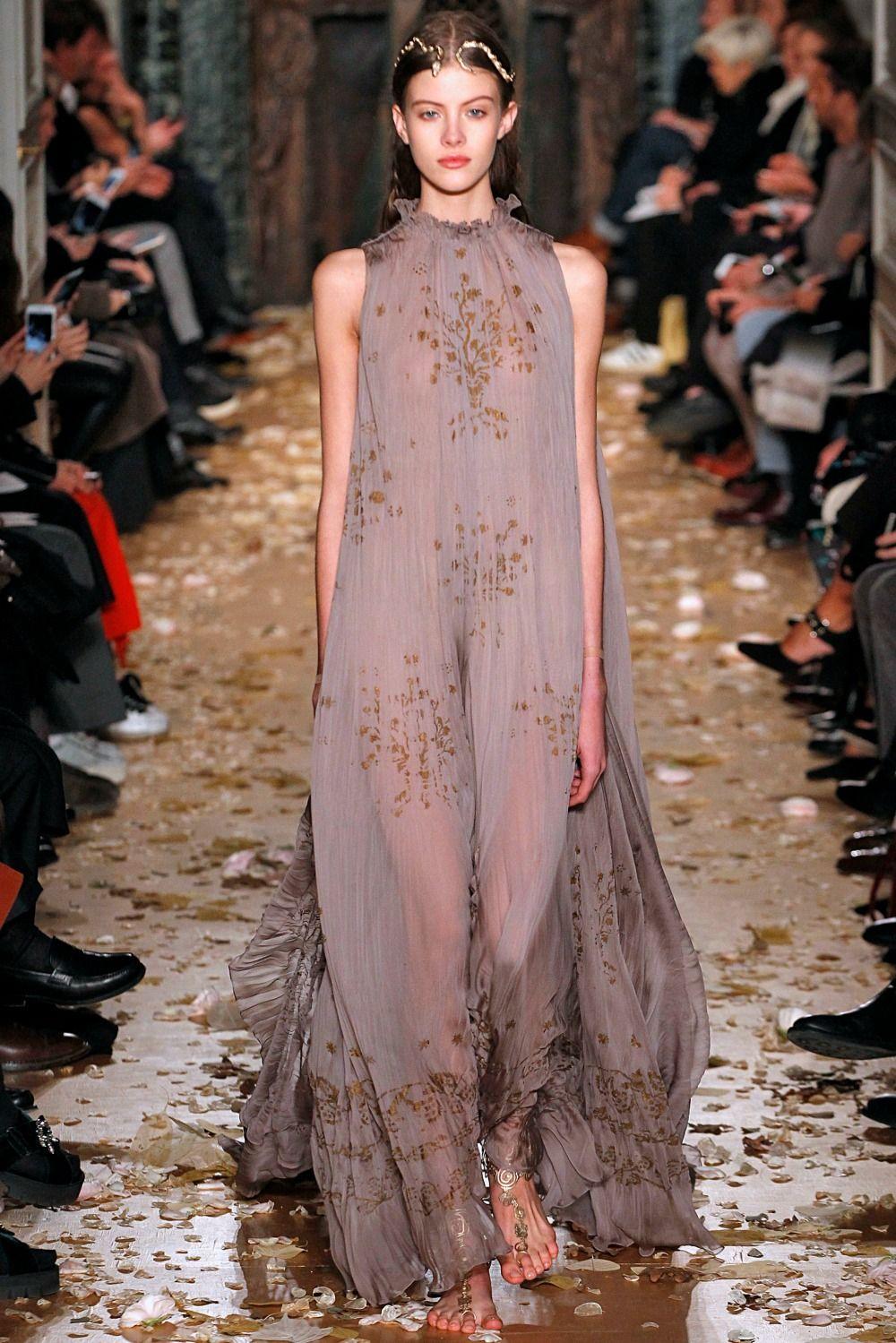 1635850d3995 Abiti da cerimonia valentino – Abiti alla moda