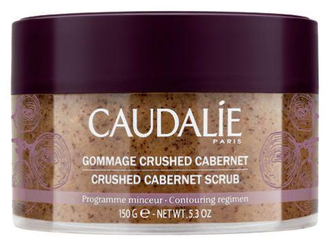 <p>Esfolia, drena, leviga la pelle del corpo. In più, contiene i 6 oli essenziali bio anti buccia d'arancia del concentrato snellente. <strong>Crushed Cabernet di Caudalie</strong> (€ 25,50).</p>