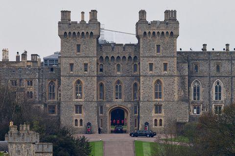Obama in visita agli alleati è stato raggiunto a Londra dalla First Lady per pranzare al castello di Windsor con Elisabella II e il Principe Filippo.